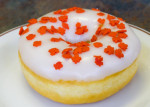 maple-leaf-donut