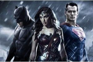 batman-superman-wonder-woman-300