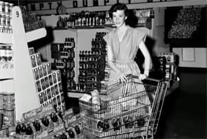 <strong?It took grocery store customers seven years to get used to the idea of shopping carts.